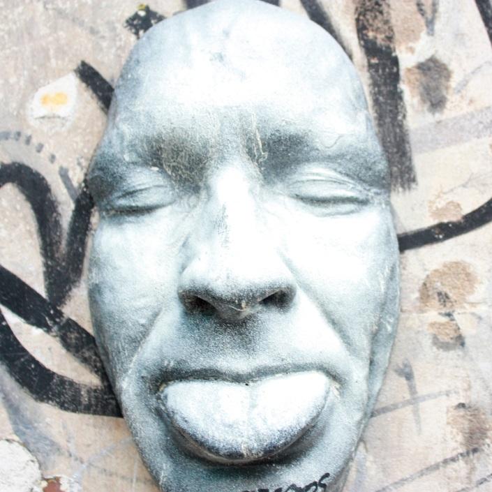 Jessica-Nicole-Griffiths-Jessicas-Wanderlust-London-Street-Art-Shoreditch-tongue-art
